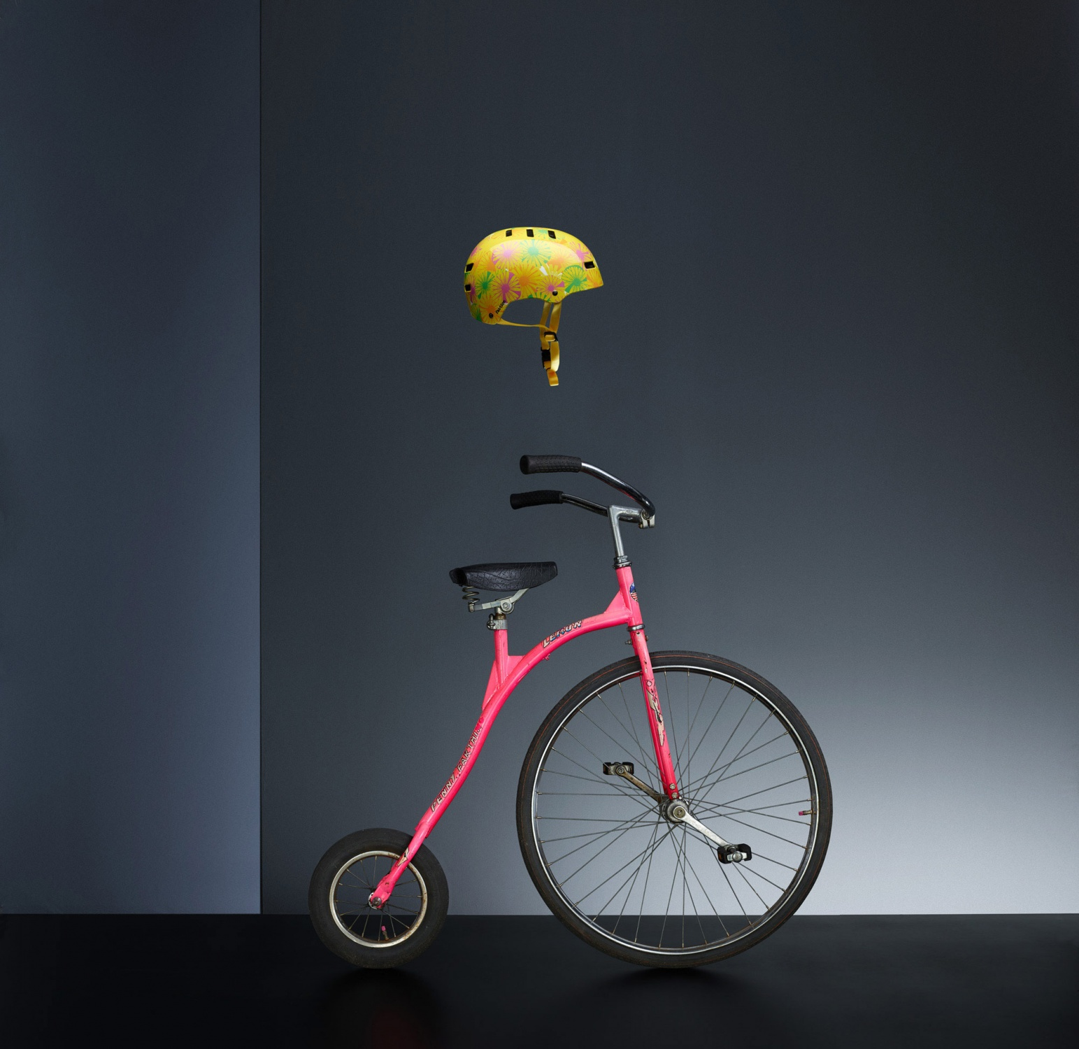 Bycicle_LeRun_The_Master_Helmet_Bell